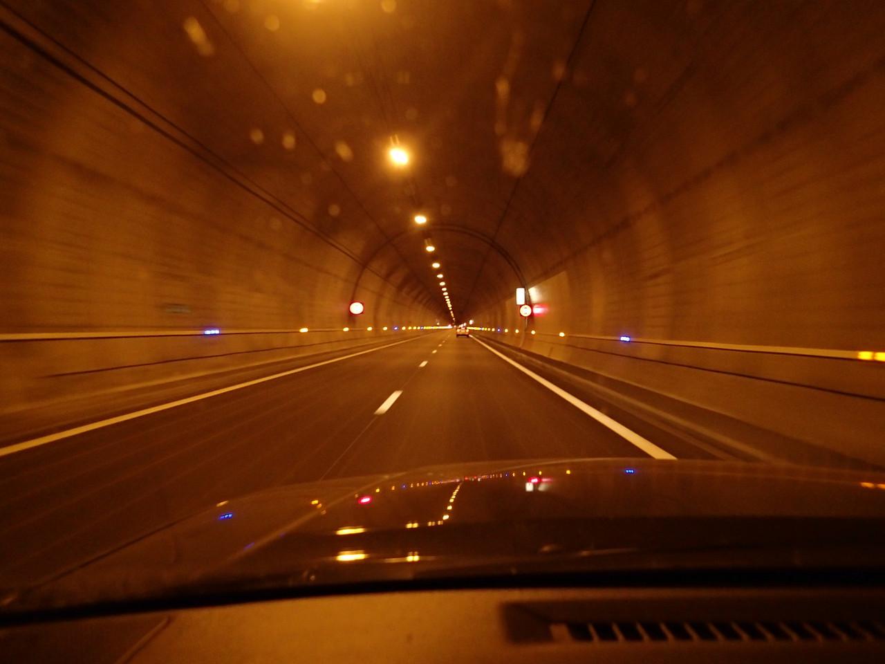 Einer von gefühlten hundert Tunnel