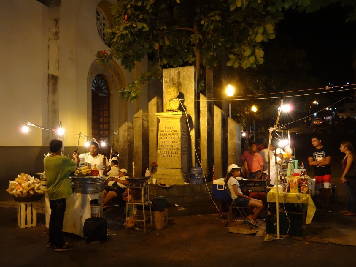 Der Zocalo (Hauptplatz)