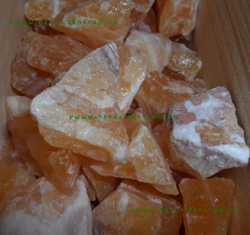 Calcit orange in Rohform