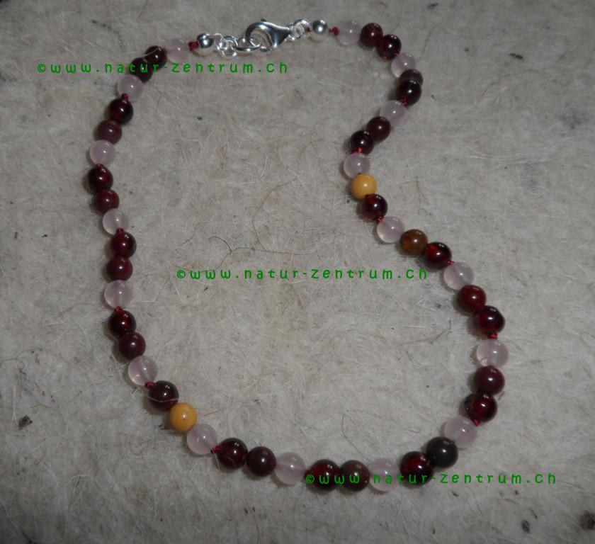 Grenat, Mookaite, Quartz rose