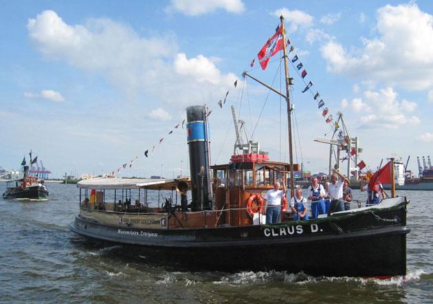 Einweihung im Museumshafen Oevelgönne am 6.8.2010. Foto Helmuth Schulze-Trautmann