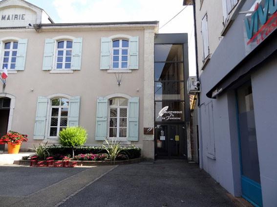 Bibliothèque de Saint-Barthélemy-de-Vals bâtiment de la Mairie