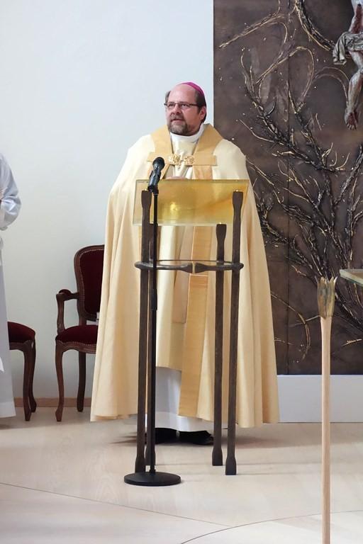 Eröffnung des Gottesdienstes durch Weihbischof Wolfgang Bischof