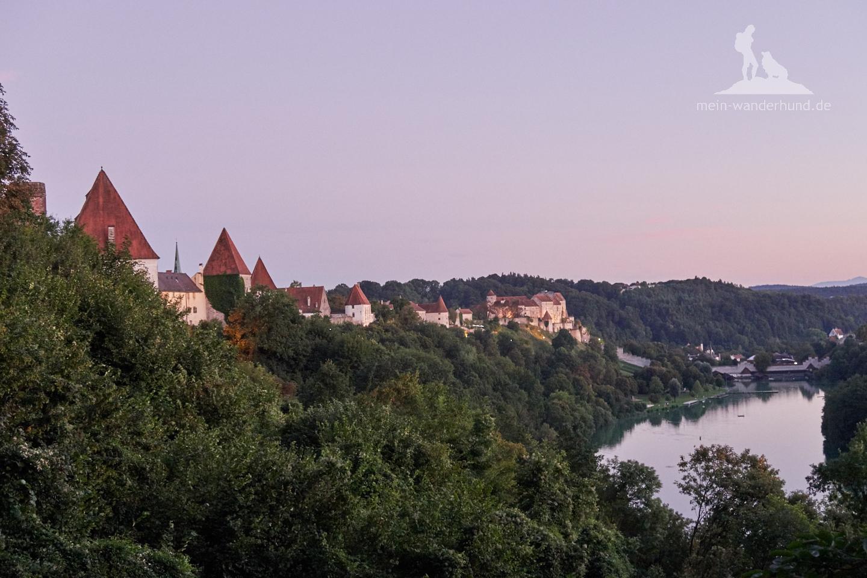 Blick auf die Burg Burghausen.