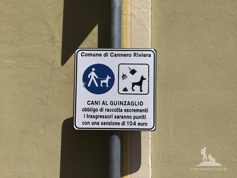 In Cannero: Hinweis auf Ordnungsgeld ...