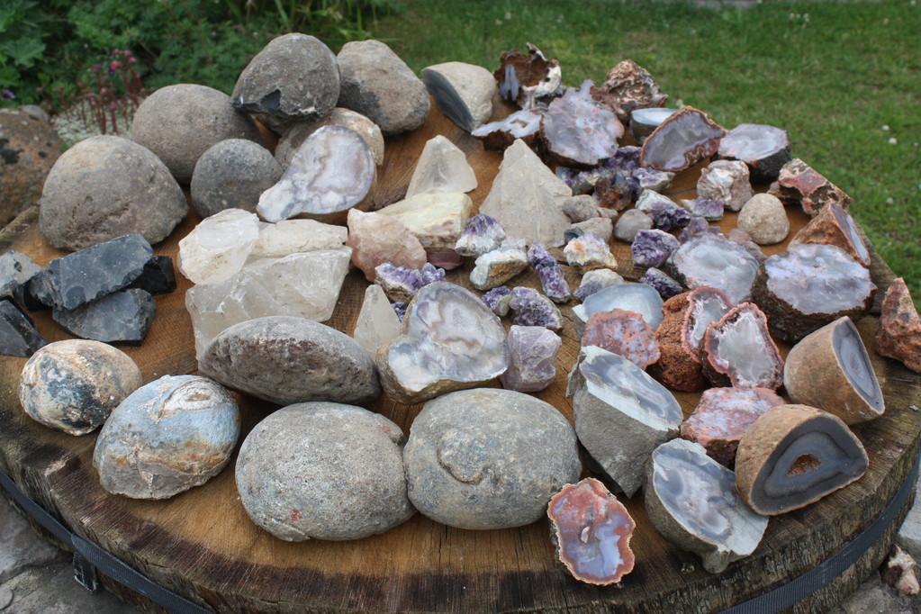 Achate, Bergkristall, Obsidian etc.