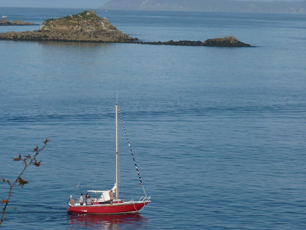 Petit bateau qui va sur l'eau