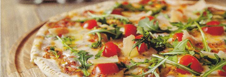 Pizzas und Flammkuchen backen