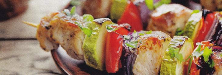 Spiessli und feine Fleischstücke grillieren