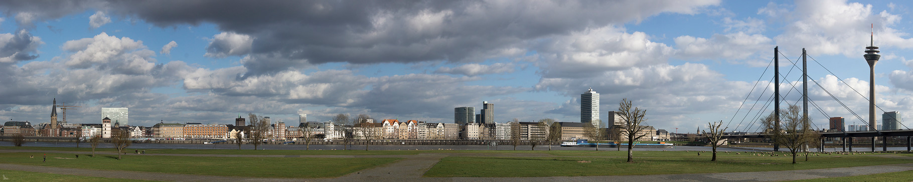 Tag 360_Düsseldorfer Panorama 25.05.2015