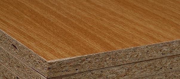 Truciolare rivestito con melaminico color legno