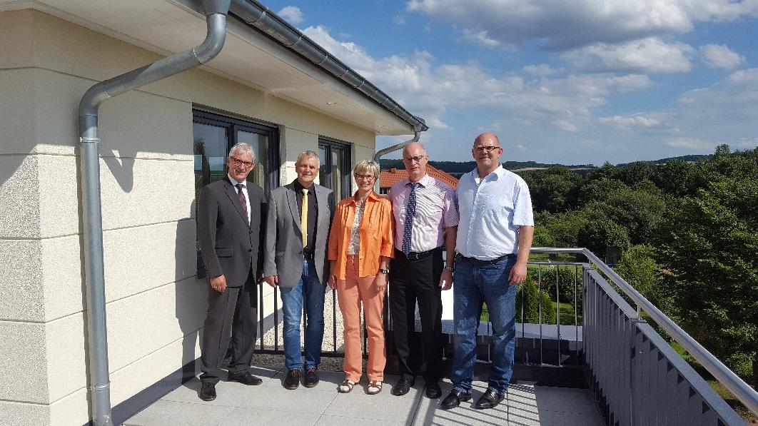 Von links: Karl-Friedrich Frese, Kurt Kramer, Claudia Ravensburg (MdL), Torsten Hirt und Fraktionsvorsitzender Dirk Hofmann