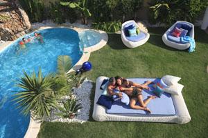 Schwimmbad ist Umweltfreundlich, Celine, Schwimmbecken, Pool, Garten Schwimmbecken, Garten Pool, CO2 arm, Emissionsarm
