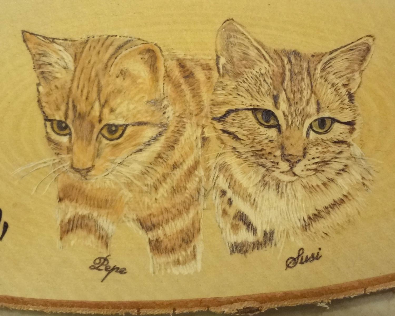 Pepe und Susi Brandmalerei - Nahaufnahme