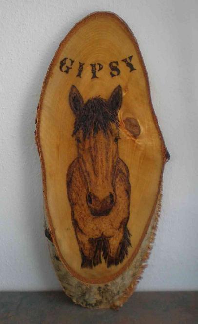 Gipsy auf mittlerer Birkenscheibe