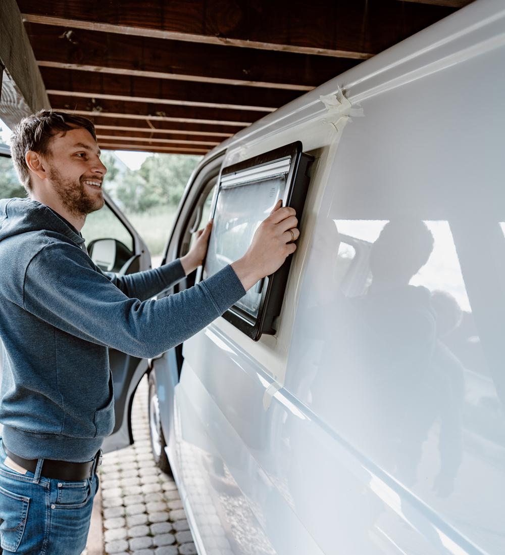 Wir bauen ein Fenster ein -DIY Camper Van