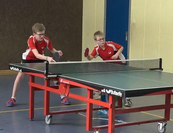 verloren knapp mit 2 : 3 Sätzen ihr Doppel: Jakob Zierz und Jonathan Friedel