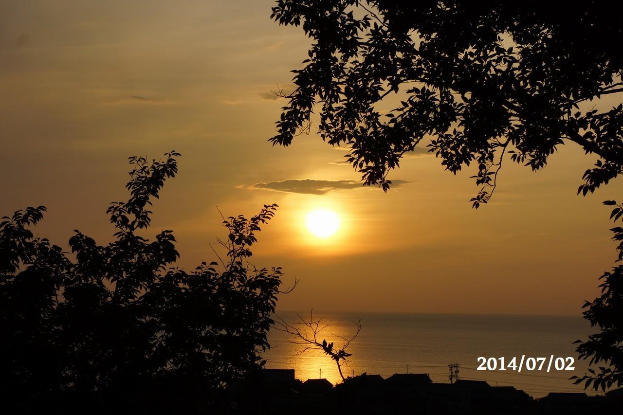 7月2日:日本海に沈みゆく太陽