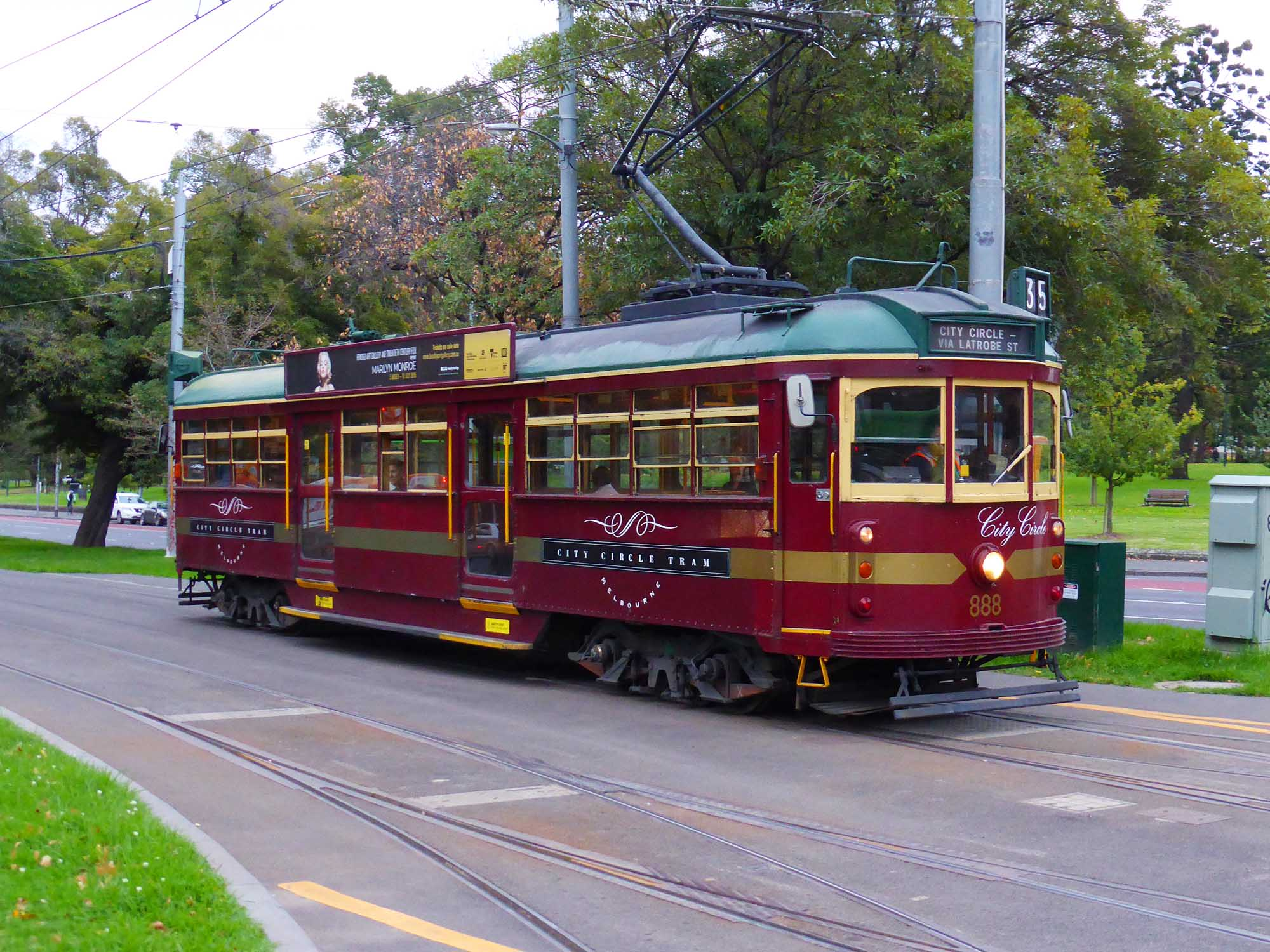 A Melbourne tourist tram