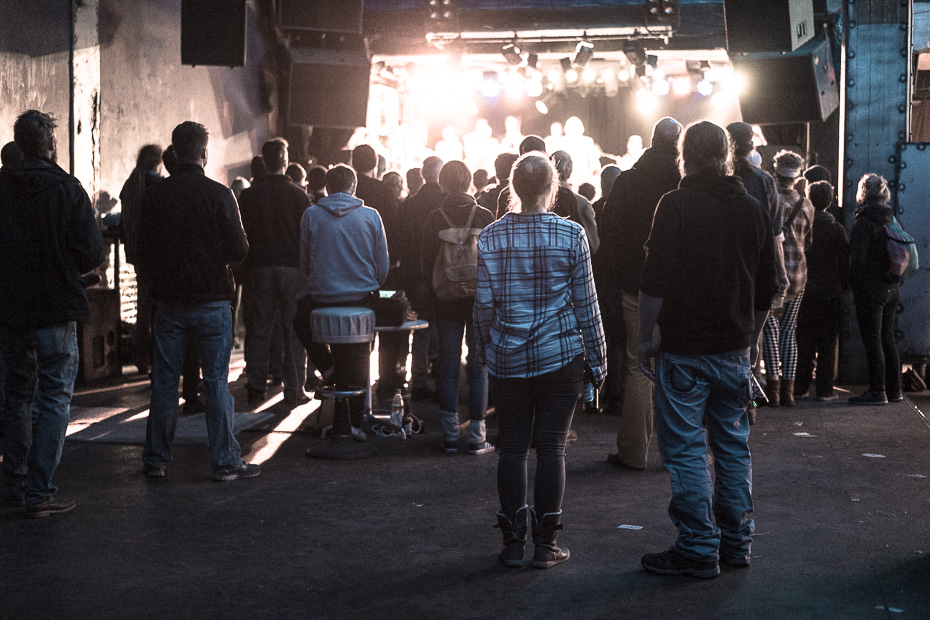 Publikum bei The Dorf, Sputnikhalle, Münster