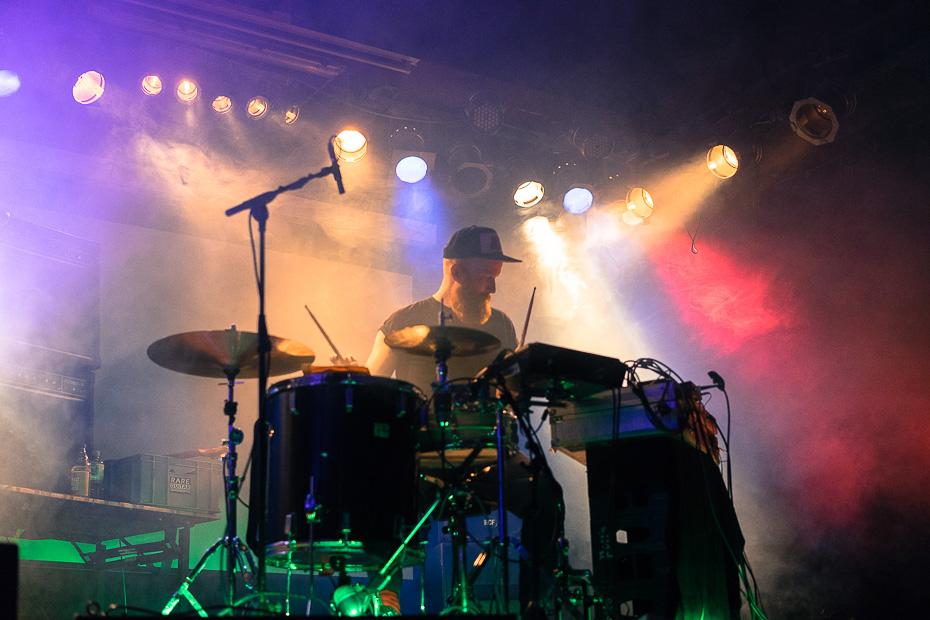 Schlagzeuger Benjamin Kövener ist ExChampion, hier beim Auftritt in der Sputnikhalle, Münster