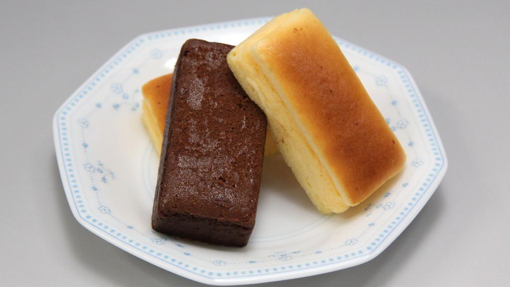 お菓子工房トミナガ 淡路島森の木 チーズ&ショコラ 1口サイズ・5個650円