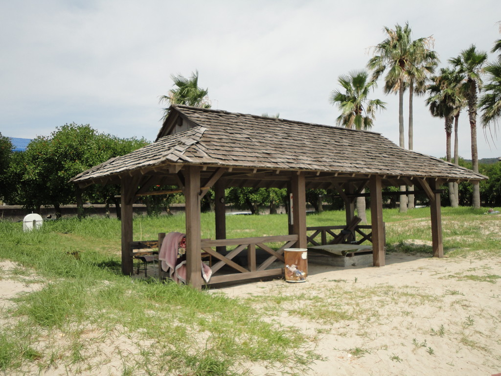 ポリネシア風 海の家