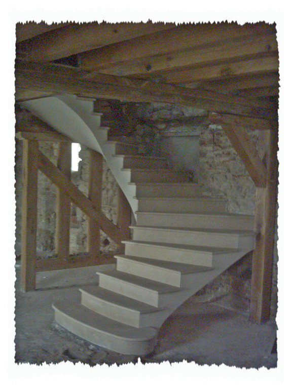Escalier deux quarts tournant 1ère volée dans le vide pierre Chauvigny