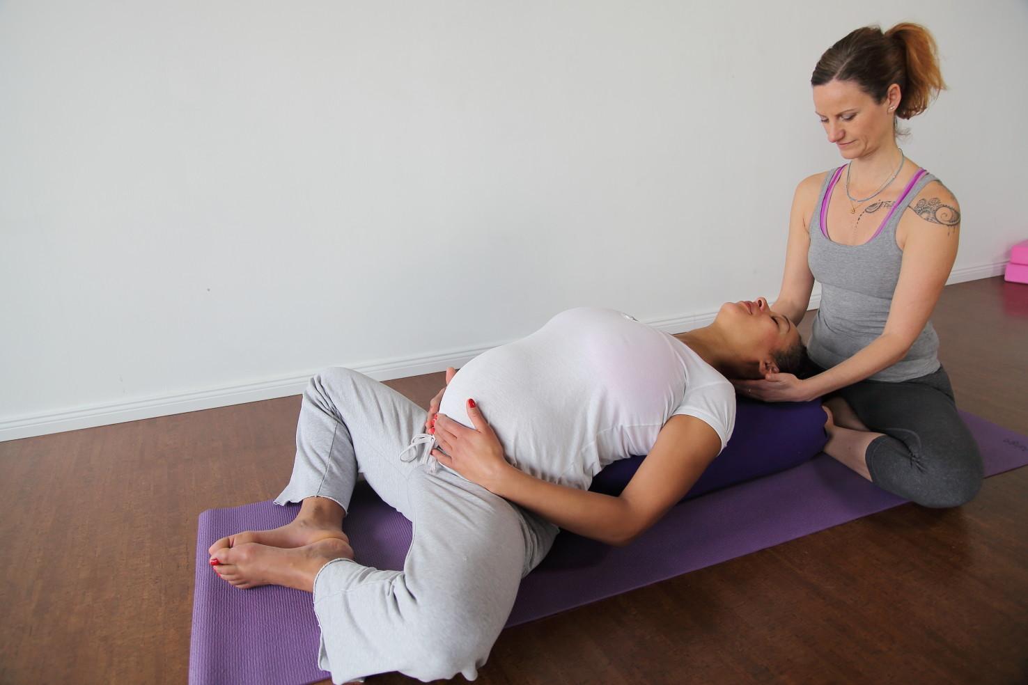 YOGA für Schwangere * neuer Block ab 18.05.