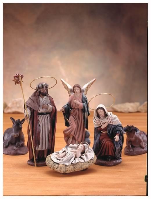 Nacimientos de navidad misterios navide os belenes for Como decorar un belen de navidad
