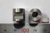 SUS303 φ0.2穴加工