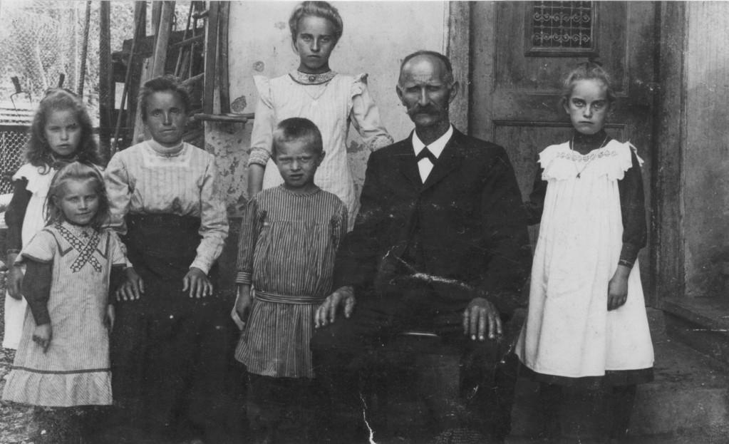 Familie des damaligen Präsidenten Brodbeck (Pirmins), um 1910