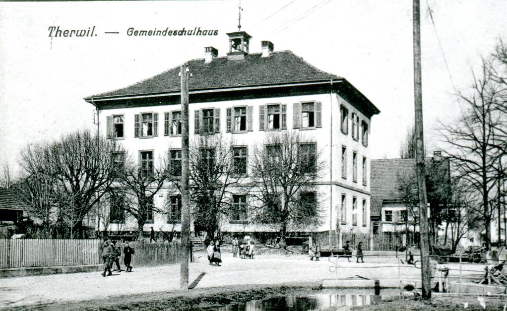 Gemeindeschulhaus, um 1900