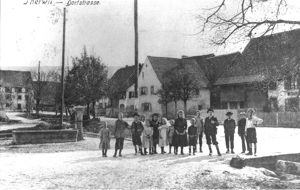 Ecke Schulgasse/Benkenstrasse, um 1900