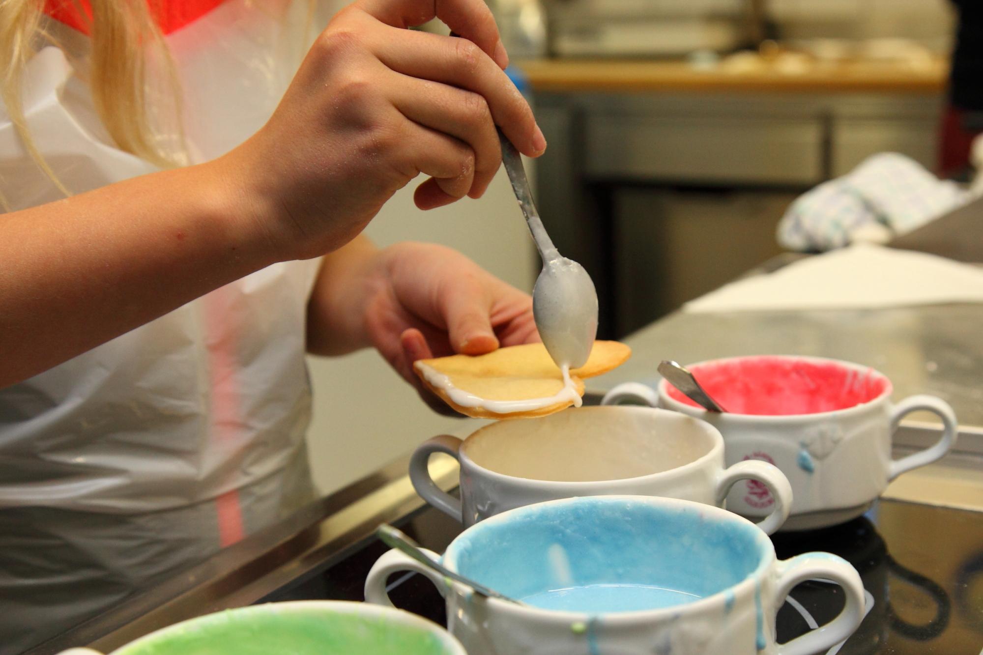 Kinder-Keksbackstube beim Salzburger Bergadvent im Großarltal