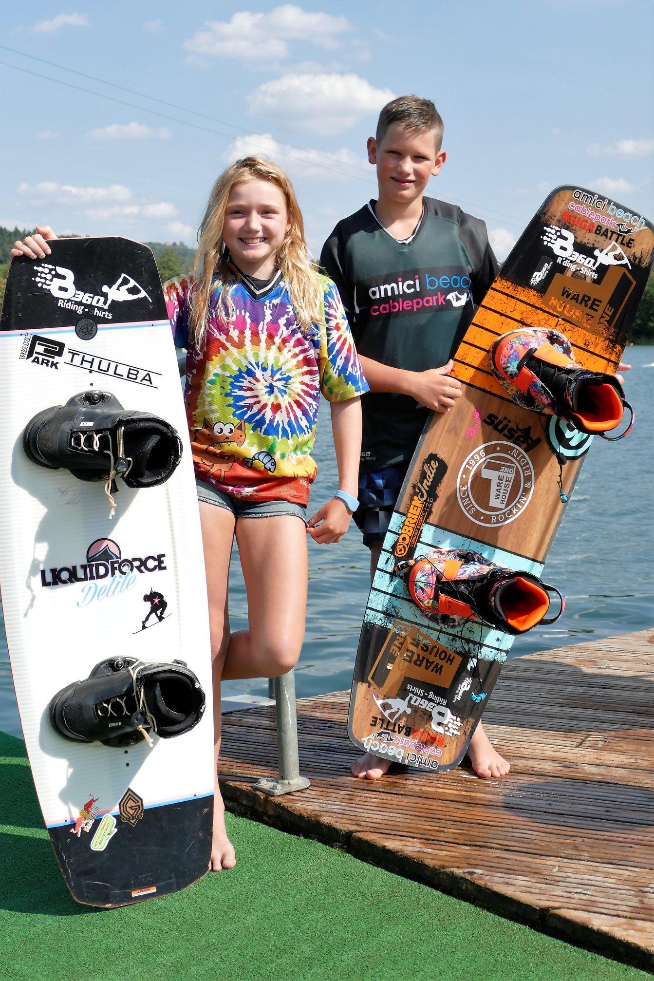Alessia Klingenbrunn und Lenny Kyek #TeamfahrerB360 #TeamB360 #stylischüberderwestetragen #neverridewithoutB360