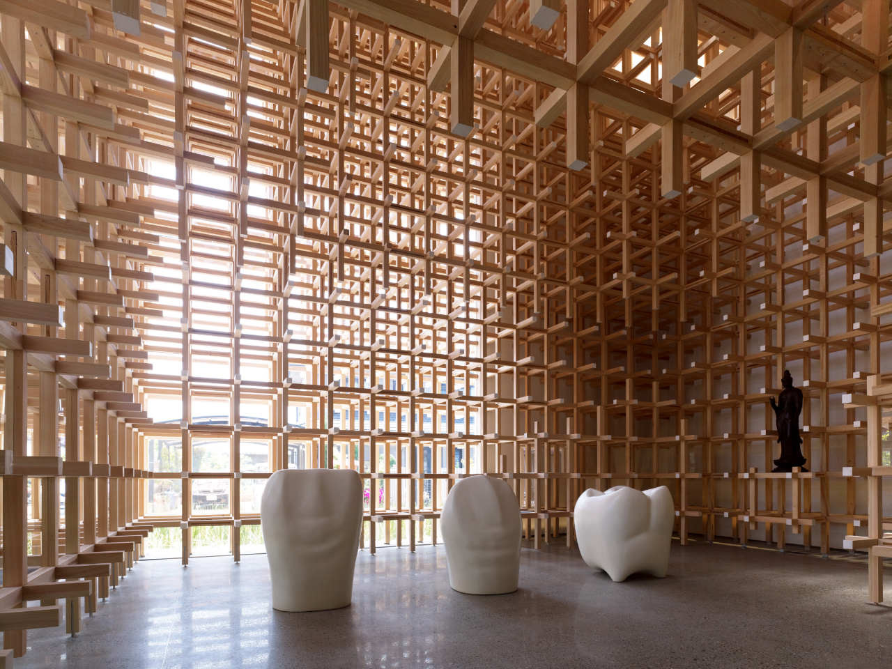 GC PROSTHO MUSEUM RESEARCH CENTER (Tokyo, Giappone, 2012) Arch. Kengo Kuma