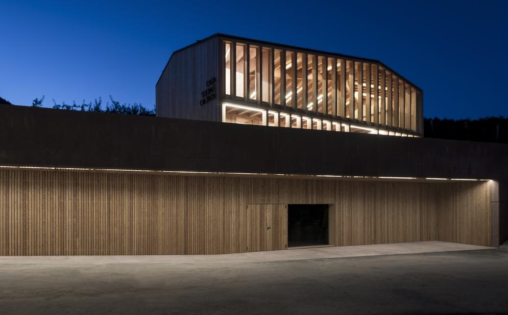 NUOVA CASA SOCIALE (Caltron di Cles TN, Italia, 2018) arch. Mirko Franzoso