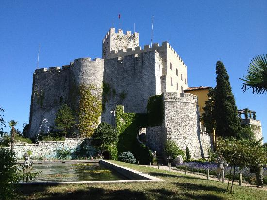 Castello di Duino (Duino Aurisina)