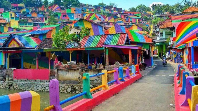 Rainbow Village Kampung (Indonesia)