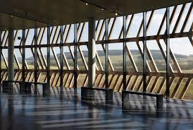 MUSEO E PARCO ARCHEOLOGICO DI ALESIA (Alise-Sainte-Reine, Francia, 2008) arch. Bernard Tschumi