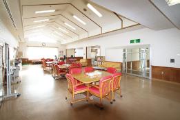 本館ホール(食堂・機能回復訓練室)