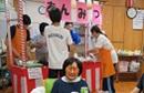 ボランティアと職員で、模擬店を切り盛りしました。