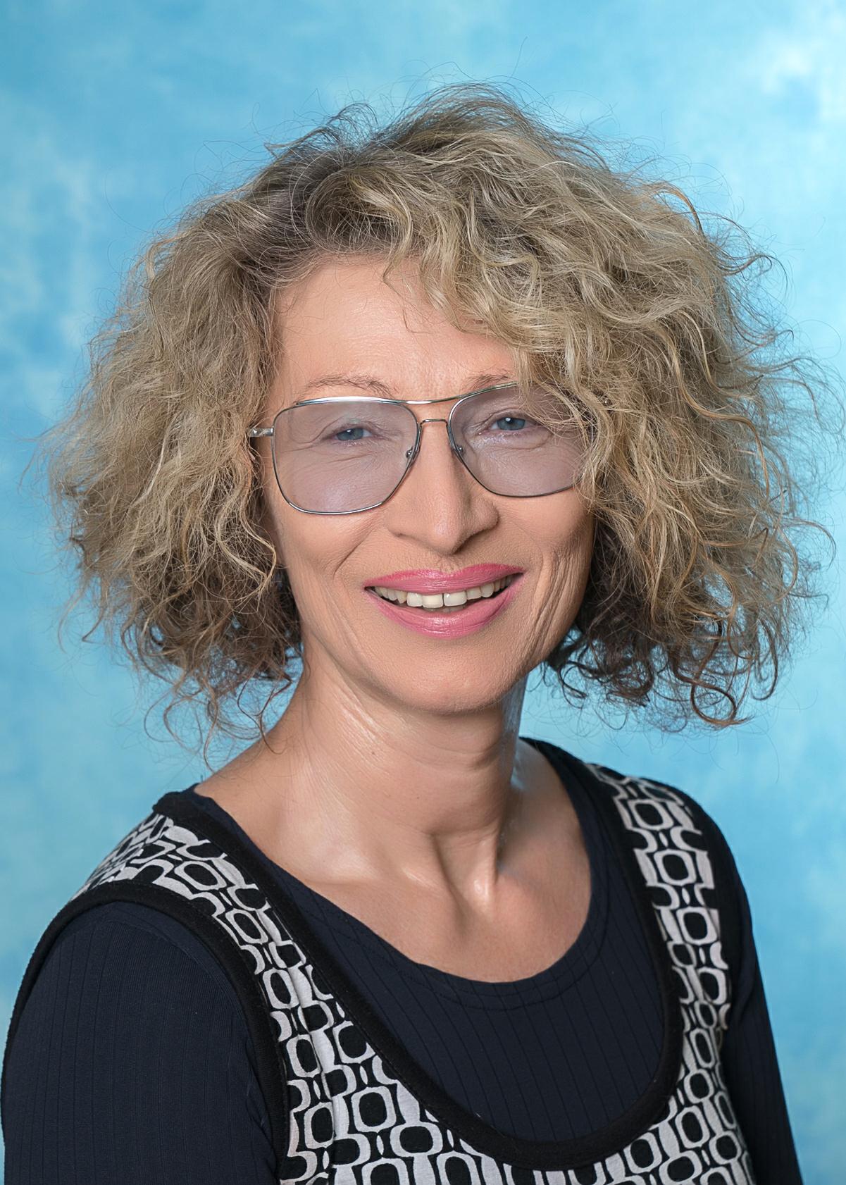 Karin Coser