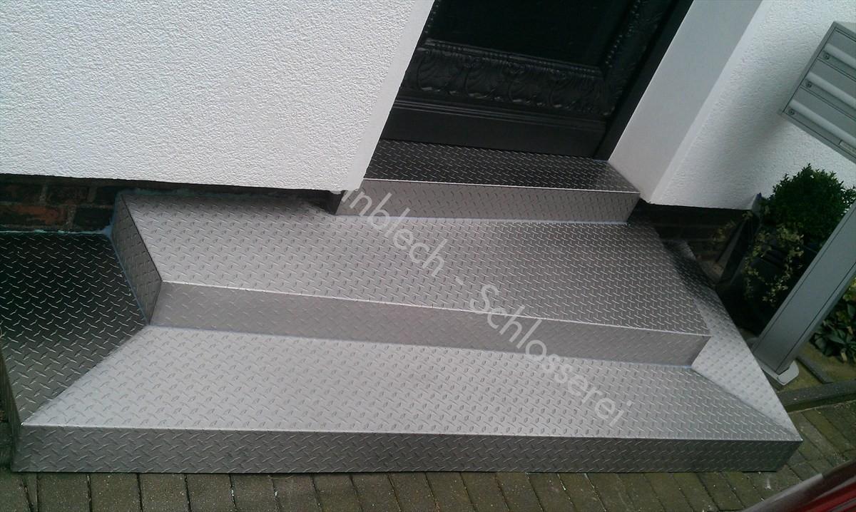 Treppenstufenverkleidung Edelstahl