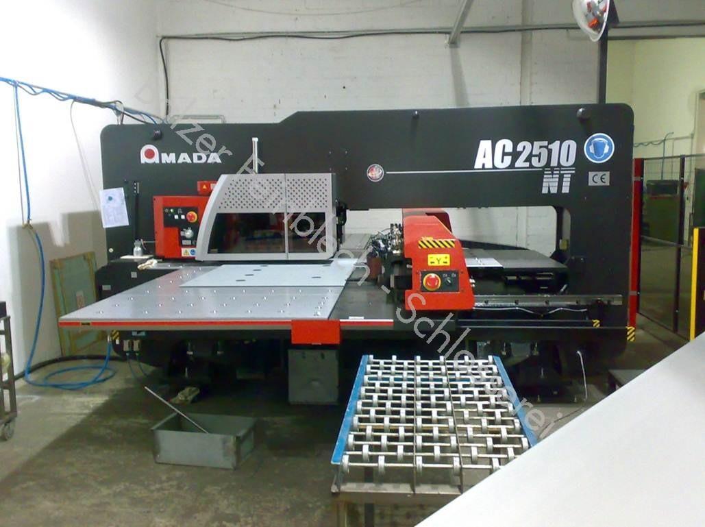 Stanz-Automat CNC-Gesteuert