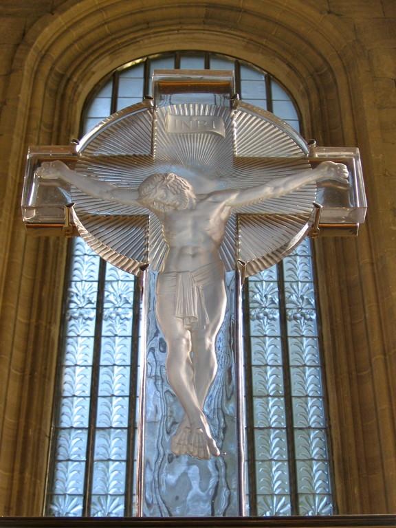 le Christ au-dessus de l'autel