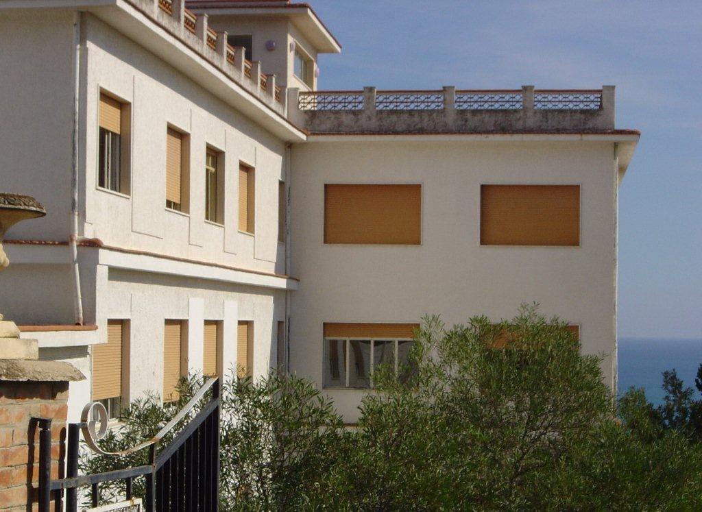 Trebisacce : le couvent et l'ancien lycée linguistique