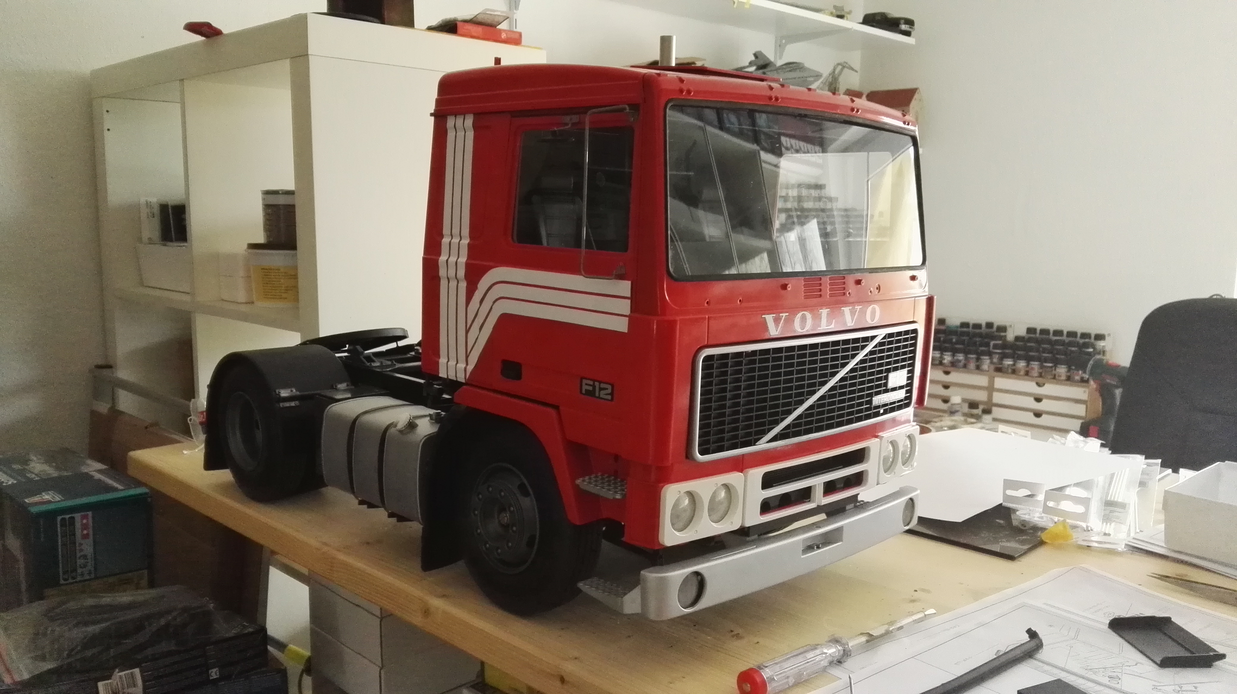 Crane Truck For Sale >> Volvo F-12 Intercooler - 1:8 by Pocher Models - || scale models & and more