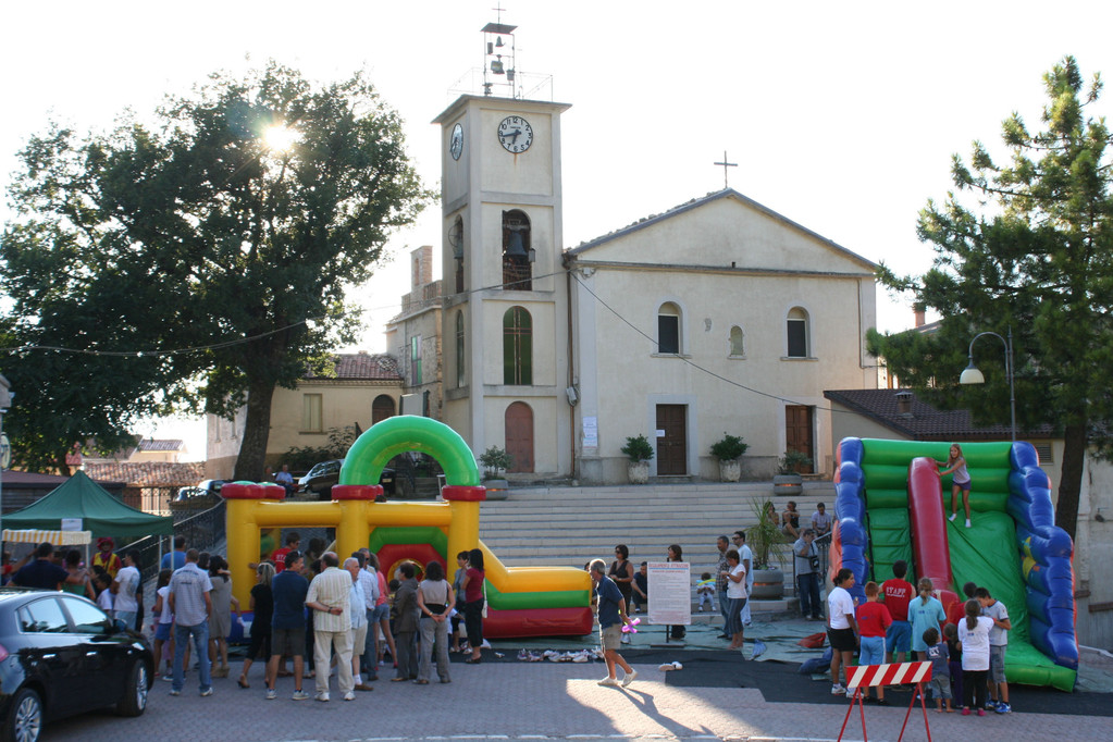 Gonfiabili in piazza S. Ciriaco